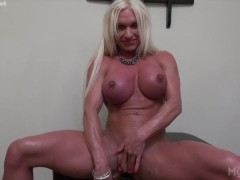 Naked Female Bodybuilder Ashlee Chambers Big Clit