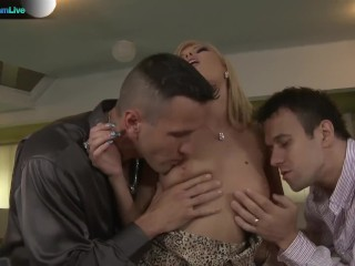 Sexy puerto rican booty beautiful donna bell takes choky ice and titus steels cocks pornstreaml
