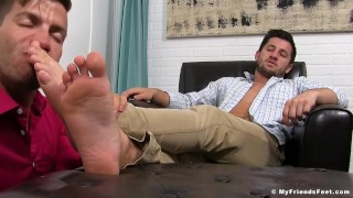 Alex Gray has his feet licked by his obedient boyfriend