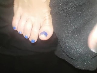Lucy's Socks Barefeet and Massage 1