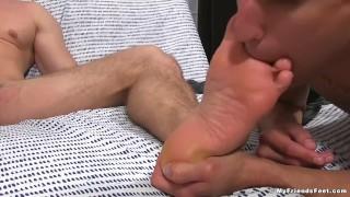 Ryan Sparks has his feet worshipped by AJ for the first time Ttai sim