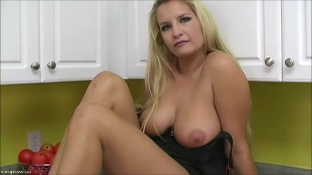 Karups big amateurs - Angel cassidy rubs her pussy on cam