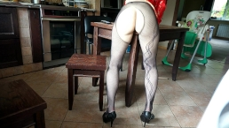 Humping favourite table corner