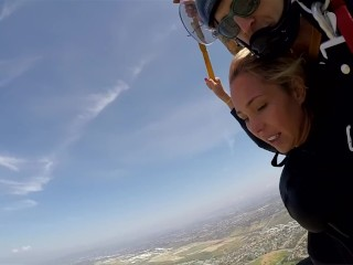 The News @ Sex – Skydiving With Lisa Ann! Pt 2