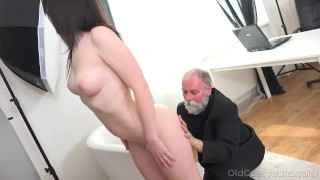 Old Goes Young - Yummy brunette Foxy Fox porno