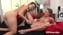 Vipissy - Claudia and Bianca