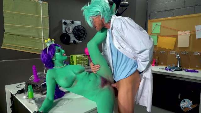 Rick salomons cock Rick and morty porn parody: dick and morty