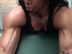 Big Bi's Preacher Curls by Fitness Model and Guru LDR
