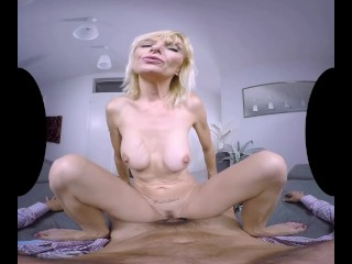 An older lady squirts in virtual reality