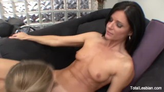 Pigtailed fucks therapist her blonde small licking