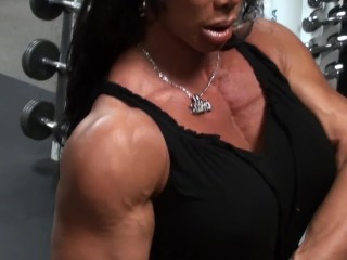 Dynamic Delts Gym Pro Workout With Latia Del Riviero, Fitness Expert