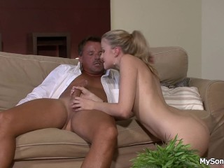 Shaved pussy blonde gf riding old big cock
