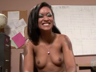 On the Porn Set with Skin Diamond