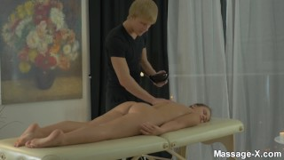 Sensual brown pleasures emma massagex of evening riding facial