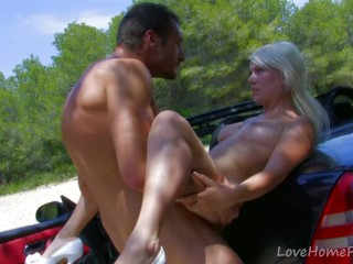 Blondie Goes For A Ride In The Car