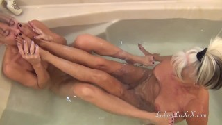 Young BBC n 2 Hot Milfs at Bath Time Johnthompson cum
