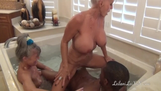Young BBC n 2 Hot Milfs at Bath Time Groupsex fuck