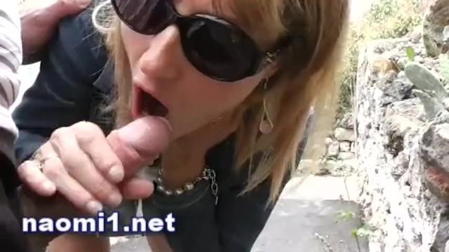 Brutus naomi sex tube Sucer une bite dans la rue