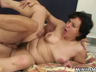 Her hairy pussy old mom and husband cheating sex