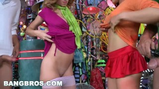 Bangbros ass a big haunted jada mansion halloween stevens with in bubble latina