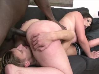 No Bitch Ass Seduced, Big Ass Addicted Scene