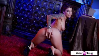 Pornstar tease big feline felicity wet booty and pussy tight boobs big boobs petite