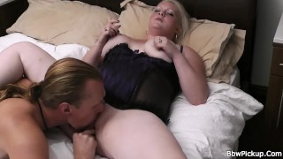 Big tits blonde spreads legs for worker Blowjob close