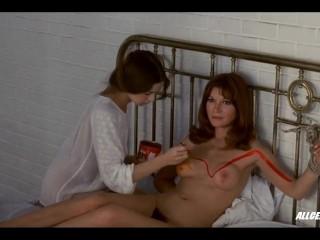 Anicee Alvina and Olga Georges-Picot in Successive Slidings of Pleasure