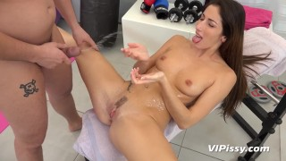 Vipissy - Hardcore sucking and fucking for piss drenched brunette Clea porno