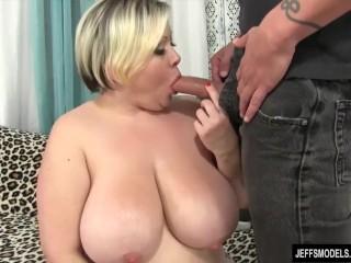 Fat Beauty Bunny De La Cruz Sucks a Long Dick and Then Fucks