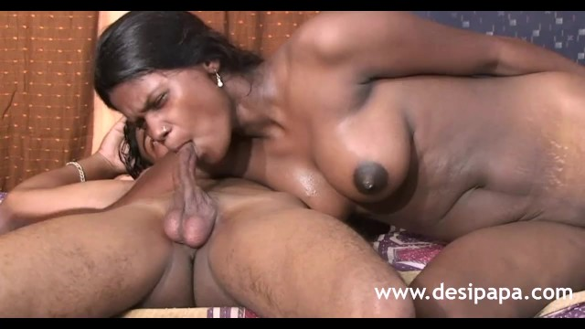 Pumbaa porn - Mumbai girl fucking by big dildo before real sex