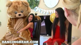 DANCING BEAR Another CFNM Cock Patry With Crazy Girls Sucking Off Dudes