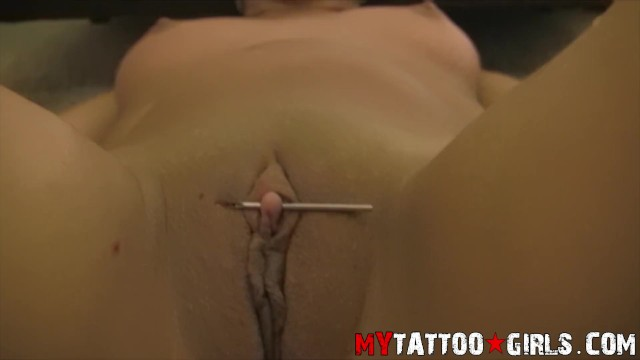 Big clit latinas Ninety nine getting her clit pierced