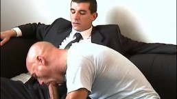 Guillaume suited Hetero guy's big cock to suck in spite of him.