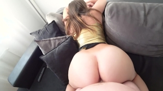My new gold outfit on my juicy body porno