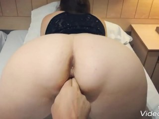 Presenting my sexy ass - PAWG POV with pussy fingering