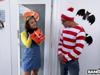 BANGBROS - Teen Evelyn Stone Gets A Halloween Treat From Bruno