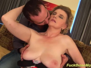 X Video Editor Google Play Video Fucking, chubby hairy mom gets wild fucked Big Tits Handjob Hardcor