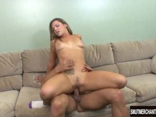 Captivating Hottie Dahlia Sky Yields Her Wet Pussy to a Stiff Dick