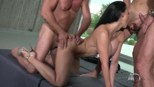 mmmf porn