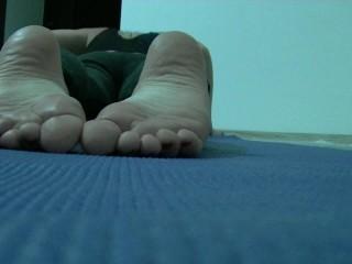 Feet Yoga
