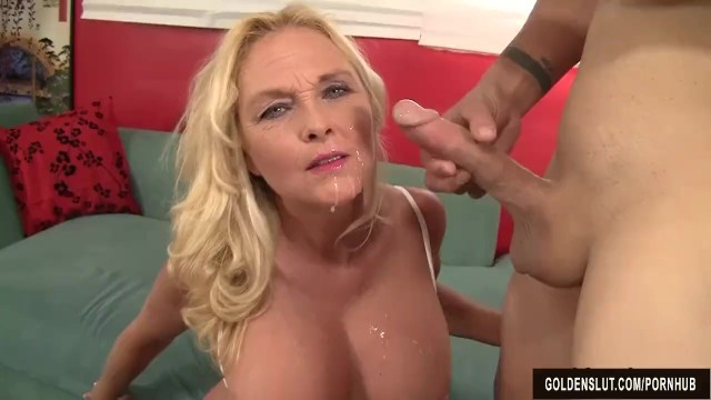 Woman who take it up the ass Mature blonde sara skippers loves to suck cock and take it up her pussy