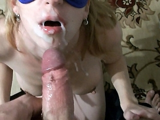 Sexy Girl Sacking Cock And Cumshot
