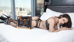 Kissa and Johnny Sins put the Pornhub Bondage Kit to the (Creampie) test