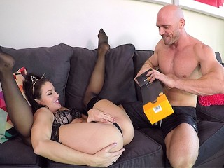 Taking it deep feat. the Pornhub Turbo Gspot Vibrator and Kissa Sins