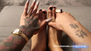 Порно Видео Бесплатно - Fetish Shemale - TGirls Фетиш-Шмель Сексуальные Ступни И Пальцы Транссексуалов Подборка