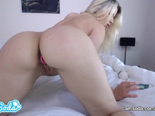 Anikka Albrite big ass big tits blonde masturbating - stretching wet pussy.