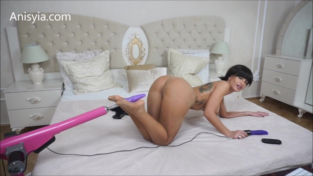 Babe busty overload Anisyia livejasmin stockings and oil overload anal fucking machines feet