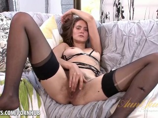 Teen thong pussy kitten coyote strip down auntjudys teasing petite mom mother hairy ling