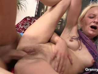 Skinny granny gets her shaggy cunt drilled